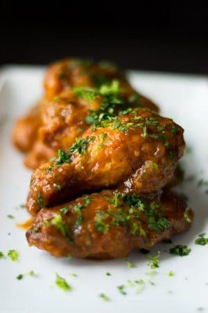 Crispy Chicken Wings Close