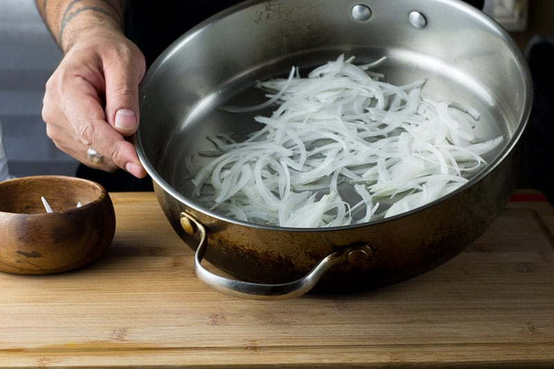 make caramelized onions 11